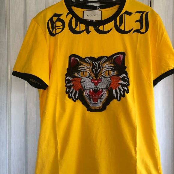 new men gucci t shirt size large fit M